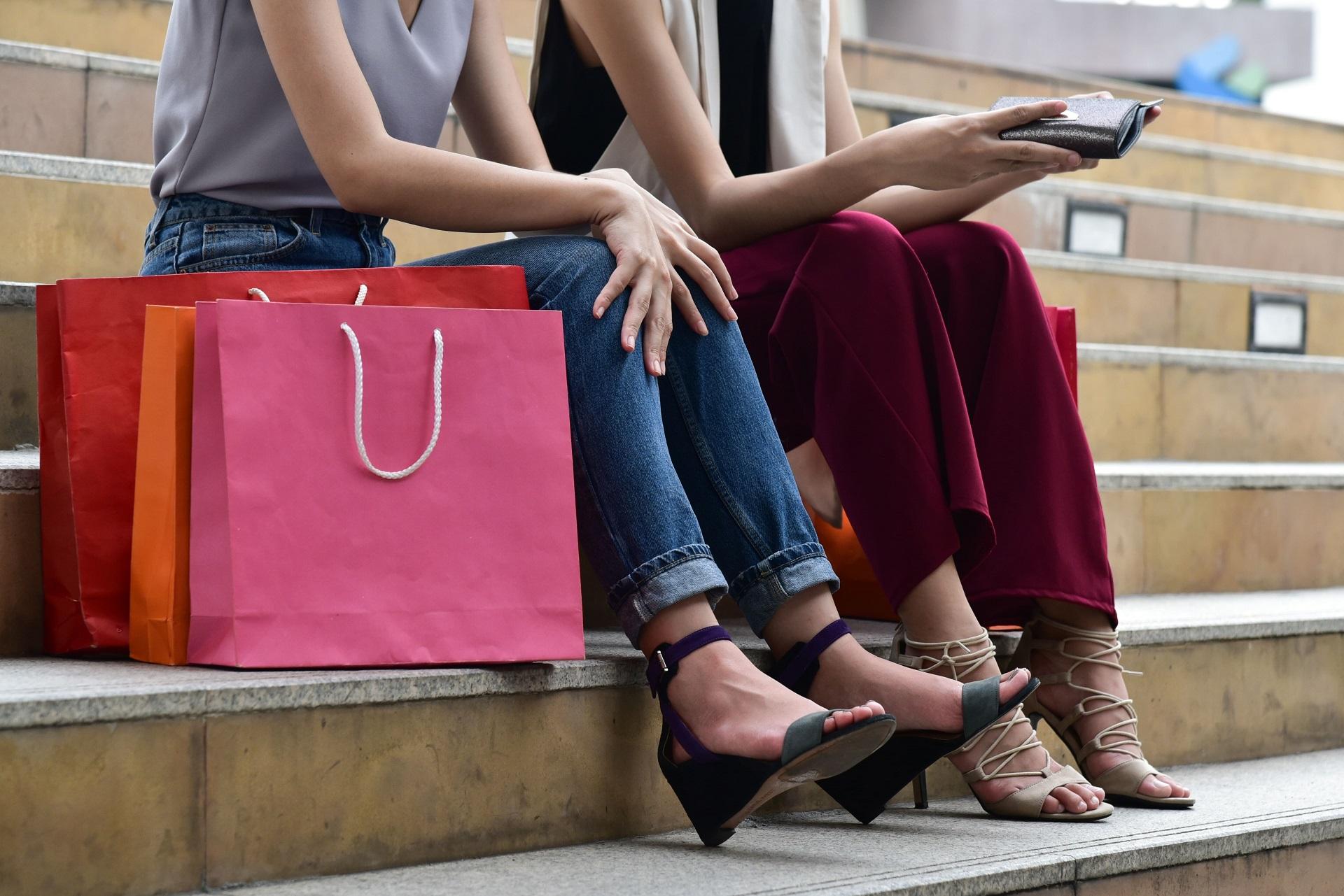 Shopping avec une conseillère en image